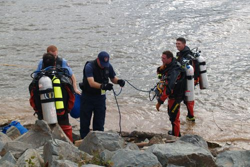Dive Team Preparing for Dive